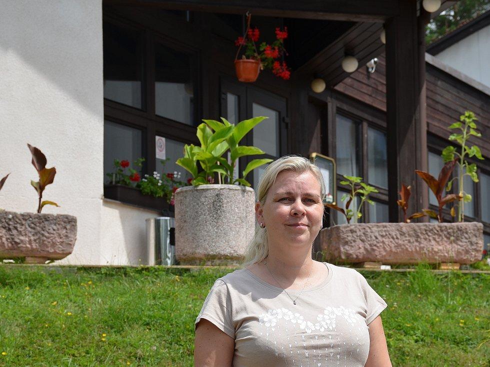 Hotel Astra Srby a jeho ředitelka Božena Matoušková.