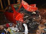 U Bělče se srazila dvě auta. Dva lidé zemřeli, další tři transportoval vrtulník