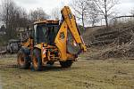 Úpravy Sítenského údolí začaly tento týden. Pracovníci mají nyní na starosti zejména průklest dřevin.