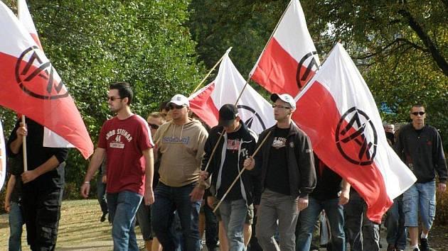 Pochod extremistů v Kladně.
