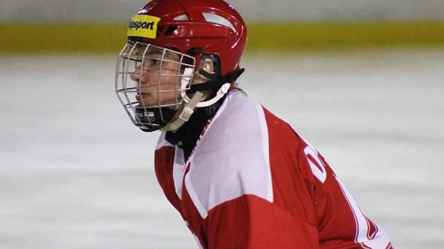 Lukáš Doudera se vrátil na kladenský led, ale už v dresu Třince, kam v létě odešel s bratrem Milanem.