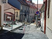 Revitalizaci Hanžburského ulice v historickém jádru města, provázejí komplikace.