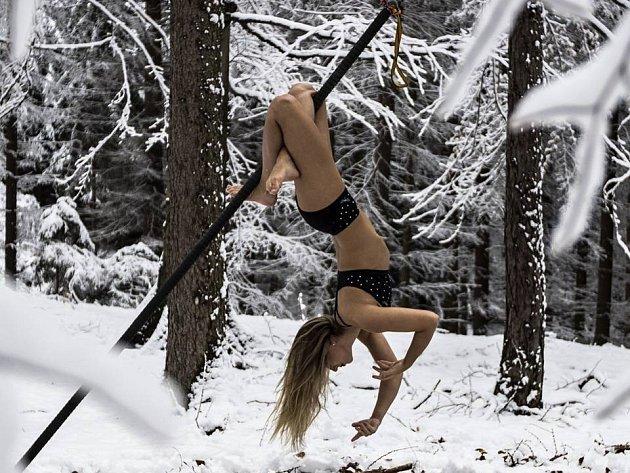 Mistryně světa v pole dance v kategorii dvojic Veronika Dolanská