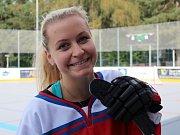 Slavnostní otevření zrekonstruované hokejbalové arény Kladno. Petra Kvasničková