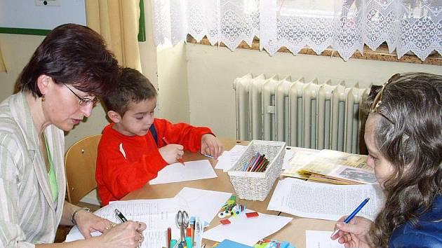 Škola ve Slaném na Komenského náměstí