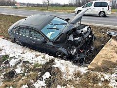 Nabourané vozidlo Audi nedaleko Chržína