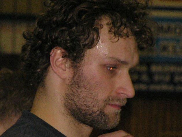 Kapitán Borek Fokt je jedním z mála volejbalistů, kteří v Kladně zůstali