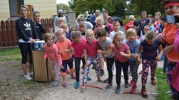Tuchlovické běžecké závody dětí.