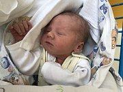 ELIÁŠ BILINSKÝ, SVĚTEČ. Narodil se 17. července 2019. Po porodu vážil 3,15 kg a měřil 49 cm. Rodiče jsou Kristýna Macháčková a Petr Bilinský. Sourozenci Tadeáš a Natálie. (porodnice Slaný)