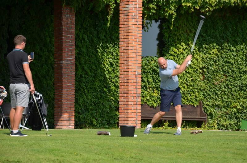 V Botanice se uskutečnil charitativní golfový turnaj pro Slunce.
