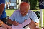 Jeden z autorů Bratronických zastavení Radoslav Müller.