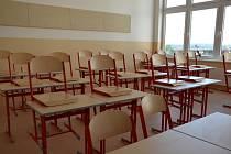 S koncem nouzového stavu už nepůjde zavírat školy plošně.