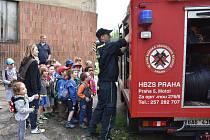 VZDĚLÁVACÍ PROGRAM Cestou za báňským záchranářem, který je určen zejména pro školní kolektivy, bude na Den Středočeského kraje představen ve skanzenu také veřejnosti.