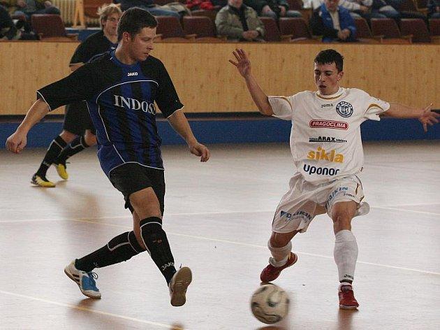 Josef Fujdiar ml. (vpravo) dal druhý gól Kladna.