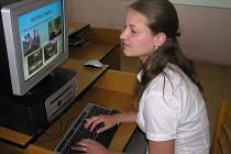 VERONIKA PAUROVÁ byla  jednou z maturantů, kteří letos prvně prezentovali svoji práci formou powerpoint.