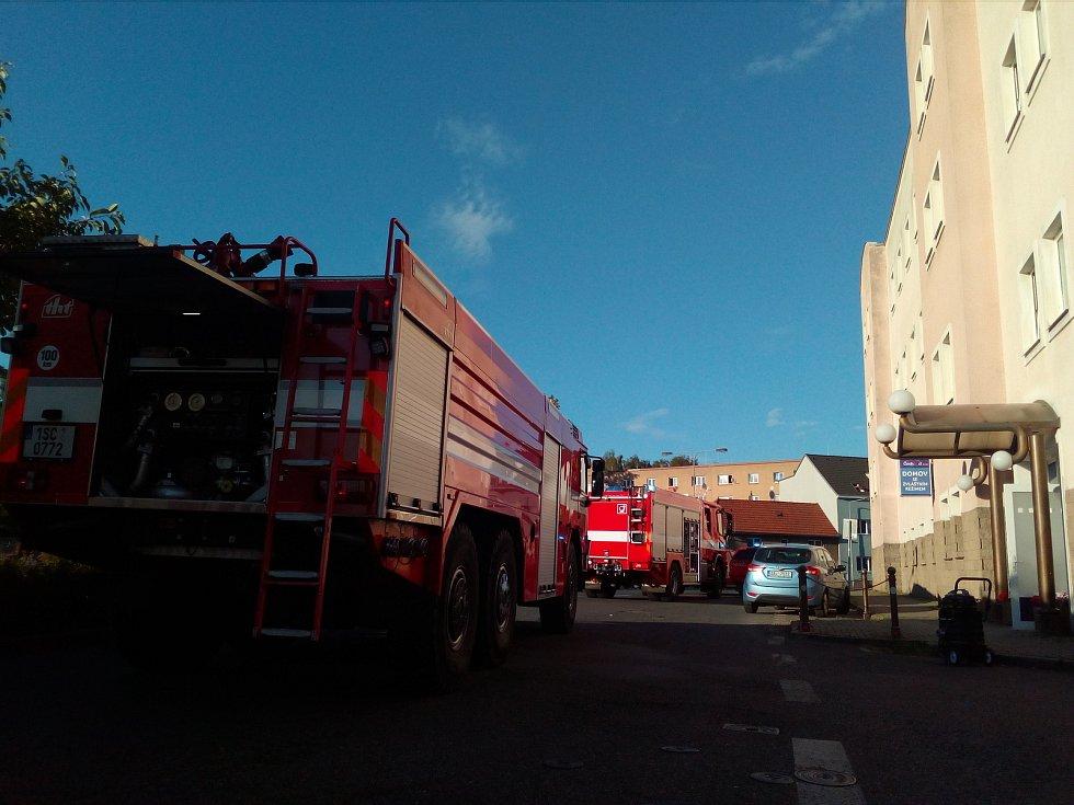 V Domově se zvláštním režimem v Unhošti v sobotu hořelo.