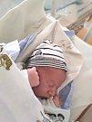 DORIÁN PETRŮ, SLANÝ. Narodil se 7. dubna 2018. Po porodu vážil 3,20 kg a měřil 50 cm. Rodiče jsou Jolana Marušincová a Libor Petrů. (porodnice Slaný)