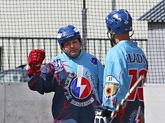 V turnaje hokejbalových veteránů MASTERS 2016 se utkaly týmy Kladna, Mostu, Jihlavy, Žiliny a Českých Budějovic.