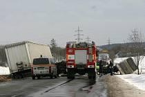 Foto z únorové nehody u Tuchlovic