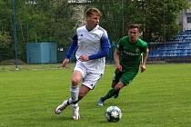 První příprava po mnoha měsících, SK Kladno (v bílém) prohrálo doma s celkem  Velké Hamry 0:3.