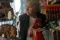 Trafikanta zabránila lupiči, aby si odnesl požadovanou hotovost. Pomohl jí k tomu pepřový sprej.