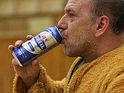 Tahle žízeň oblíbeného maskota je opravdu hodně zasloužená !!! Kladno volejbal. cz – Euro Sitex Příbram  3:2,  EL volejbalu, Kladno, 20. 1. 2018