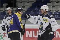 Tenkrát neatakuje soupeře, jede si pro pochvalu za parádní branku se Stachovi // Rytíři Kladno – HC Slovan Ústečtí lvi 6:1, 1. hokejová liga 2014-15 / 10. 1. 2015