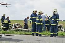 Let stroje L 200 Morava měl v úterý šťastný konec a neskončil tragicky jako červnový pád letadla u Chrudimi.