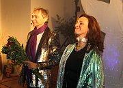 Richard Pachman a Dita Hořínková přinesli do Slaného kouzlo Vánoc. Foto:Deník/Kateřina Nič Husárová
