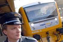 České dráhy chtějí na trati z Kladna do Prahy a Rakovníka a také z Kladna do Kralup nasadit více moderních souprav.