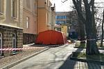 Odběrové místo v areálu kladenské nemocnice bylo zřízeno v sobotu 14. března.