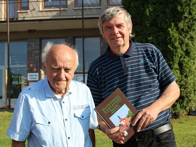 Dvojice autorů knihy - Radoslav Müller (vlevo) a Miroslav Oliverius (vpravo).