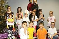 Besídka dětí v Dětském domově v Unhošti