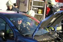 SOUČÁSTÍ AKCE bude také doprovodná ukázka hasičů ve vyproštění zraněných osob z havarovaného automobilu.