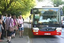Pohledy vedení kraje a Kladna na zapojení největšího středočeského města do systému Pražské integrované dopravy, jsou zatím odlišné.