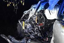 Dopravní nehoda se stala mezi Hostouní a Hřebčí.