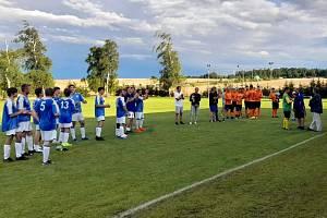 Turnaj v Bratronicích vyhráli fotbalisté Sokola Sýkořice.