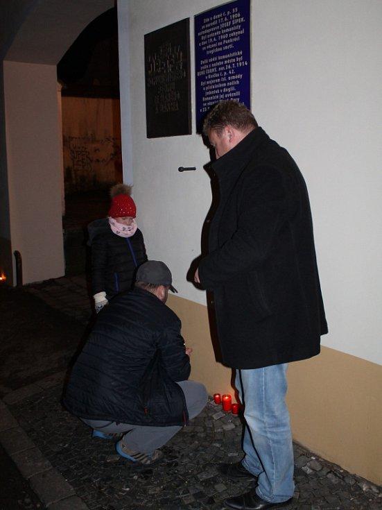 Pieta v Den boje za svobodu a demokracii ve Slaném, 17. listopadu 2016