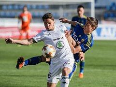 Mladá Boleslav (v bílém) vybojovala na hřišti Jihlavy bod za remízu 0:0.