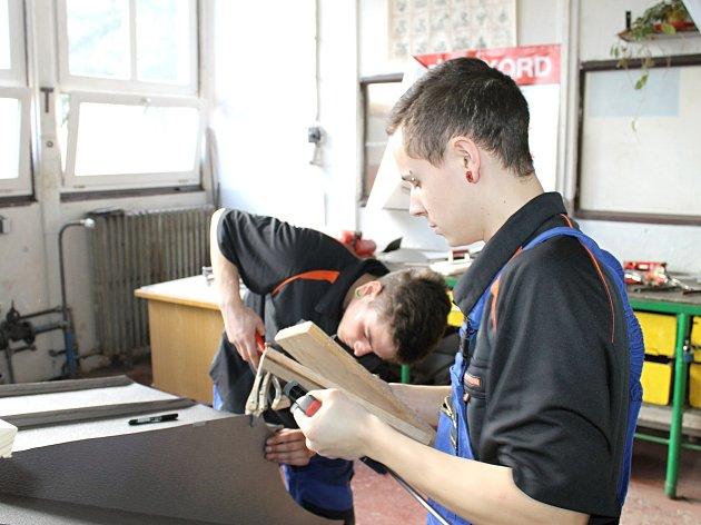 Budoucí klempíři soutěžili tři dny. Vítězná dvojice Jaroslav Borský a Michal Tamchina