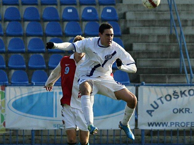 SK Kladno -  Kunice  2:2 (1:0) , utkání 14.k. CFL. ligy 2011/12, hráno 12:11.2011