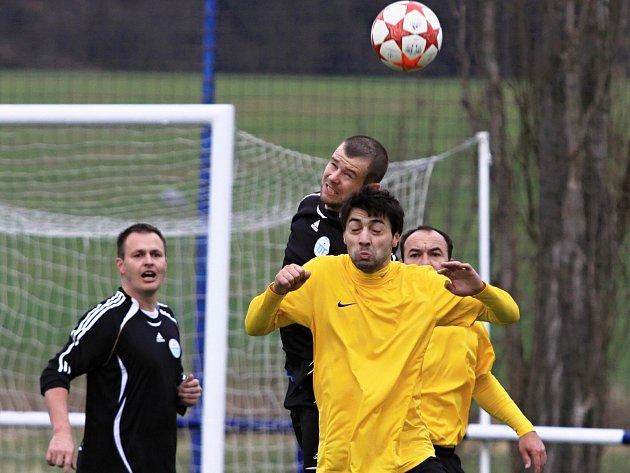Čechie Velká Dobrá - FK Tuchlovice 2:0, (1:0), utkání I.A, tř. 2011/12, hráno 31.3.2012
