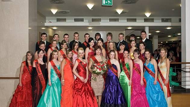 Maturitní ples 4. C Obchodní akademie Slaný