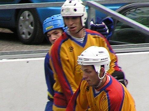 Roman Omrai (vpředu) i Jan Kopřiva vstřelili po gólu. I díky nim Jungle Fever slavili.