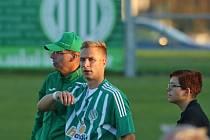 Michal Zeman (s koučem Martinem Čurdou a Alžbětou Seidlovou) se vrátil do Hostouně z testů ve druhé turecké lize.