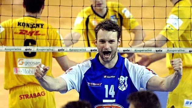 nový volejbalový extraligový tým Kladna chce postupně navázat na úspěchy svých předchůdců.