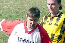 Oldřich Moc (vlevo) zřejmě bude zimní posilou SK Doksy.