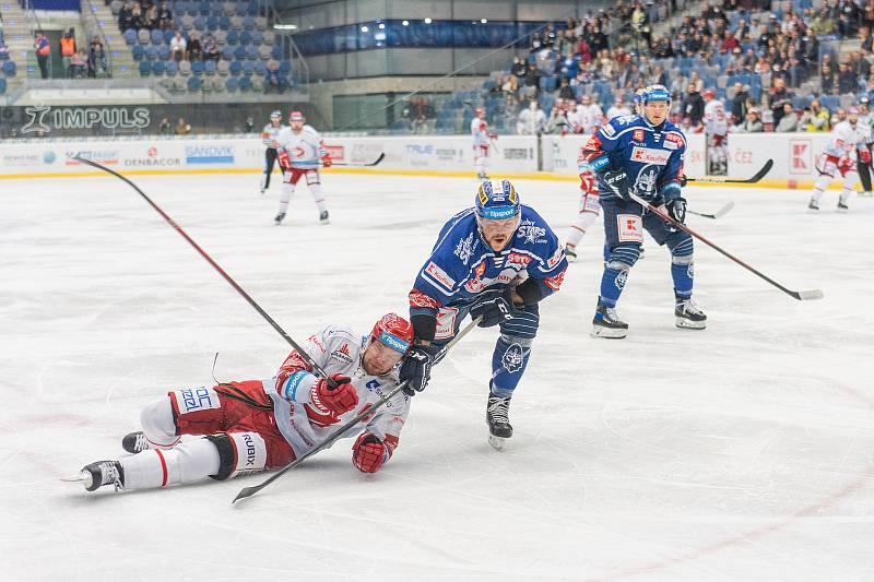 Rytíři v dalším kole hrají v Chomutově s HC Oceláři Třinec a po 1. třetině je stav 1:1. (24.9.2021)