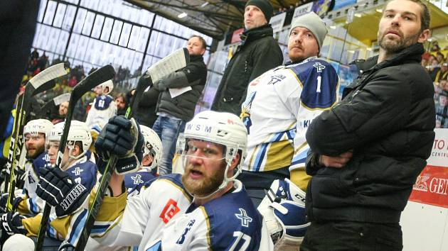 Jihlava - Kladno na úvod baráže 4:0. Kladnu pomáhal radami i Jaromír Jágr.