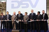 Firma DSV otevřela u Pavlova na Kladensku novou centrálu s unikátním překladištěm.